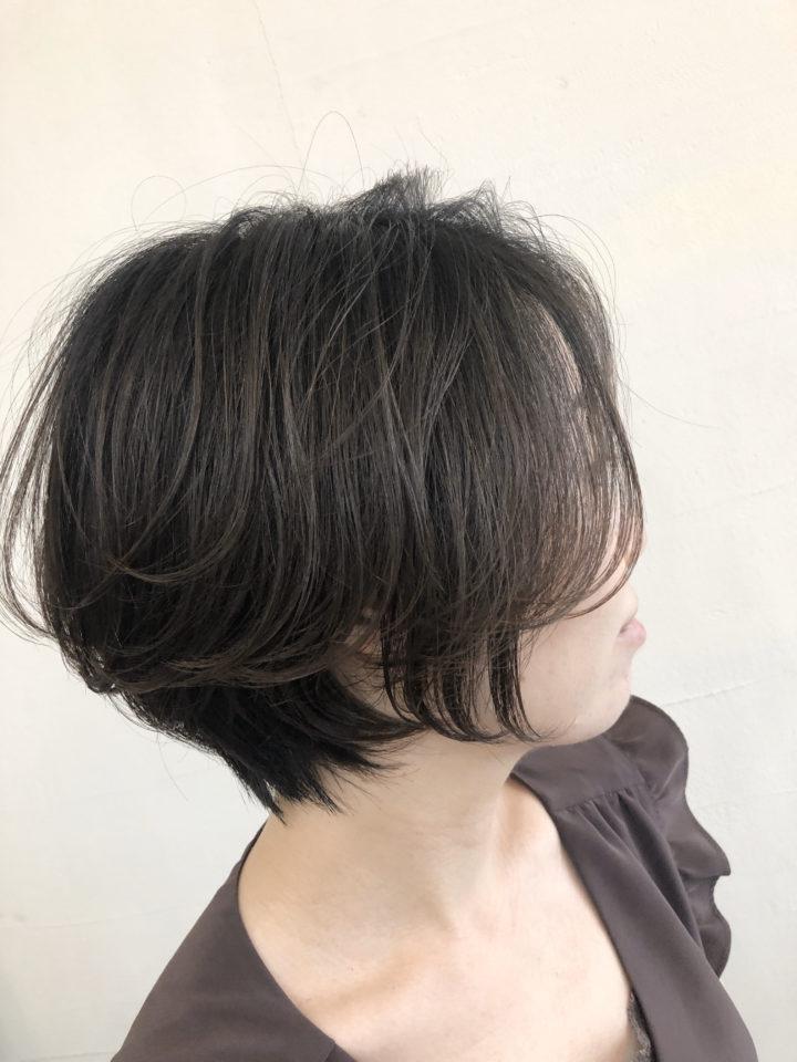 30代、40代の髪の悩みを解決するヘアスタイルの画像
